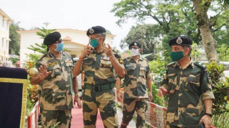 BSF Additional Director General visits Indo-Bangladesh border, takes stock of COVID-19 preparedness