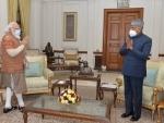 Narendra Modi calls on President Kovind, briefs him on domestic, international affairs