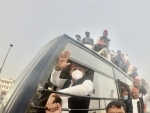 Former UP CM Akhilesh Yadav, who was on way to join farmers' protest, detained in Lucknow