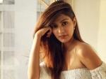 Bombay HC adjourns Rhea Chakraborty's bail plea till Sept 29