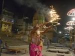 Responding to PM Modi's call, India to showcase solidarity tonight by lighting candles, flashlights amid Coronavirus scare