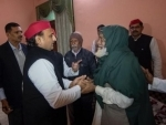 Akhilesh Yadav meets family members of CAA protest victim in Kanpur
