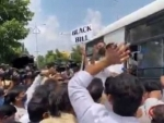 Farm Bills: Police arrest Congress leaders for staging protest after not allowing them to meet Telangana Guv