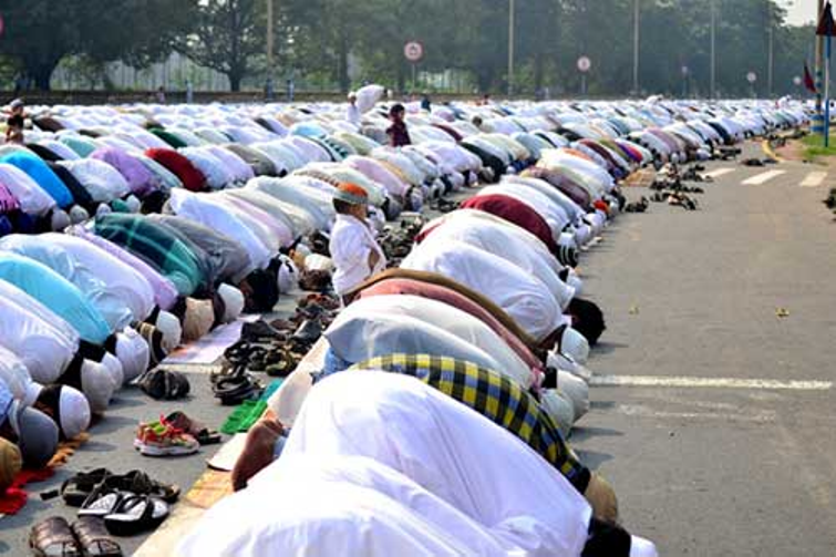 Shia Central Waqf Board chairman suggests cremation of Muslims dying of coronavirus: Report