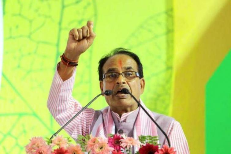 After Bihar and Tamil Nadu, Madhya Pradesh promises free vaccine amid growing controversy