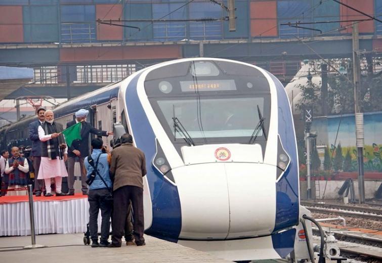 China-India JV among others to bid for manufacturing Vande Bharat rakes