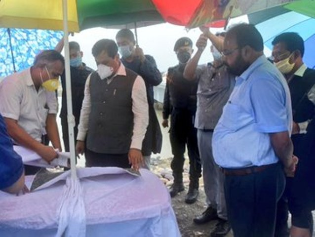 Sonowal visits flood and erosion hit areas of Lakhimpur and Dhemaji