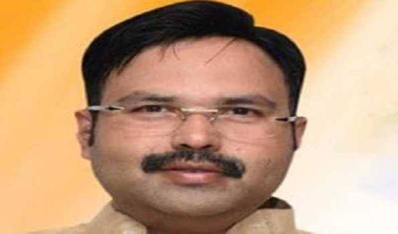 Ex-minister detained by security personnel at Bengaluru Airport