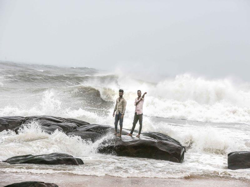 Cyclone Nivar : Heavy rains lash Chennai, suburbs, govt holiday tomorrow