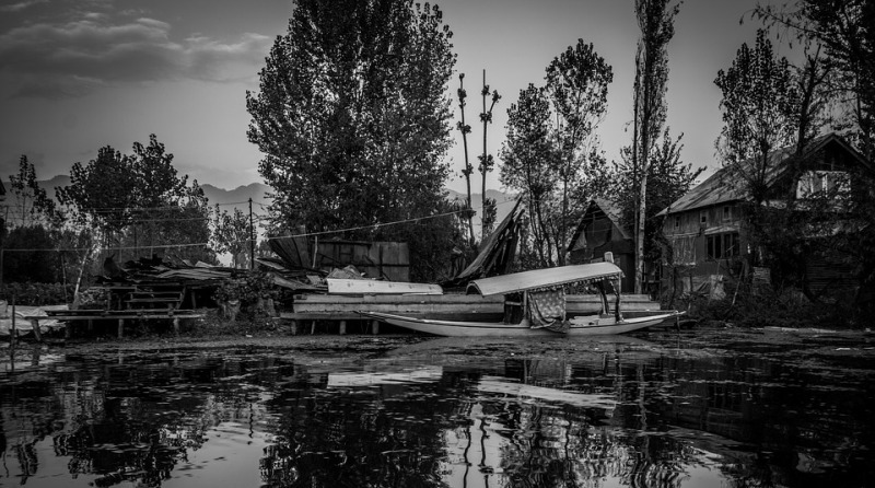 Jammu and Kashmir: Teenager drowns in Dal Lake in Srinagar