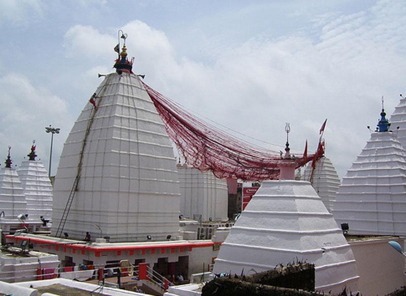 Doors of Baba Baidyanath opened for devotees on last Somvari of Shravan month