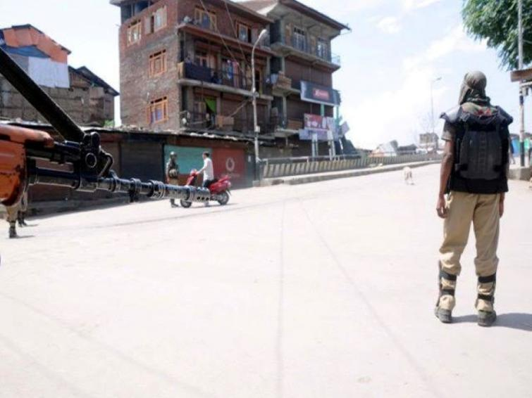 Jammu and Kashmir: Hizbul Mujahideen terror module busted