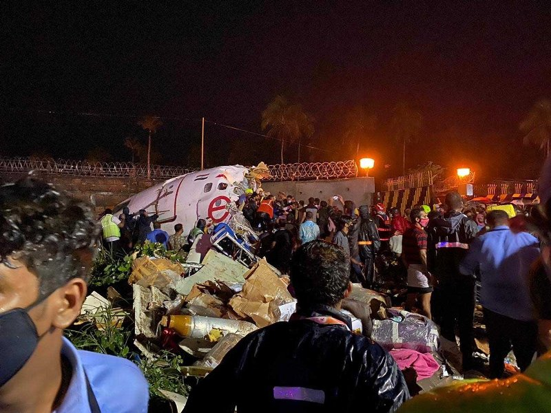 Kozhikode Air India crash deceased passenger tests positive for COVID-19, rescuers asked to self-quarantine