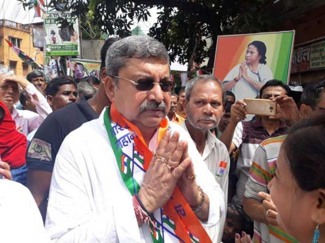 West Bengal: TMC MP Kalyan Banerjee equates Union FM Nirmala Sitharaman to a 'venomous snake', triggers controversy
