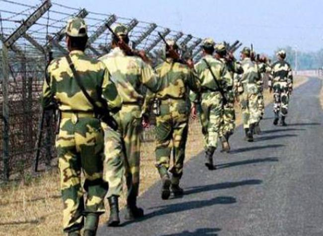 Pakistan troopers violate ceasefire at LoC, Indian Army releases video of retaliation