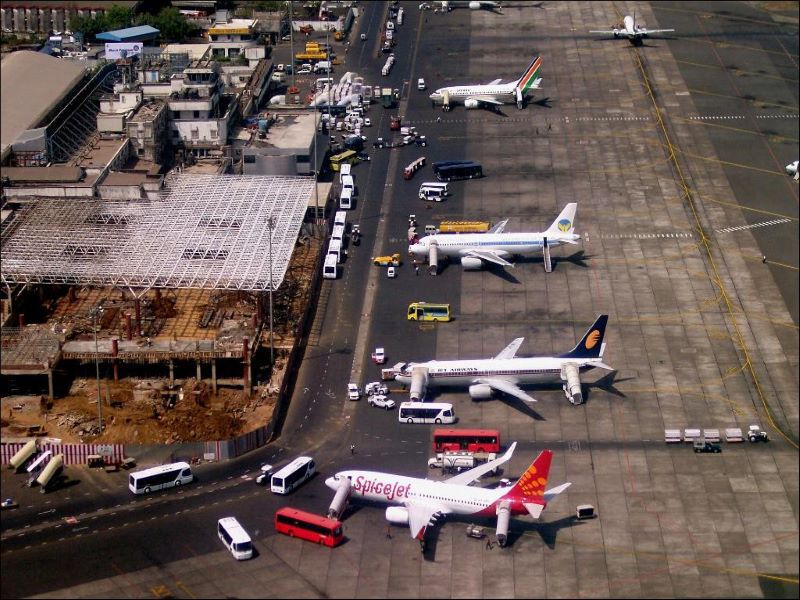 Maharashtra govt may suspend train and flight services from Delhi after jump in Covid-19 cases in capital