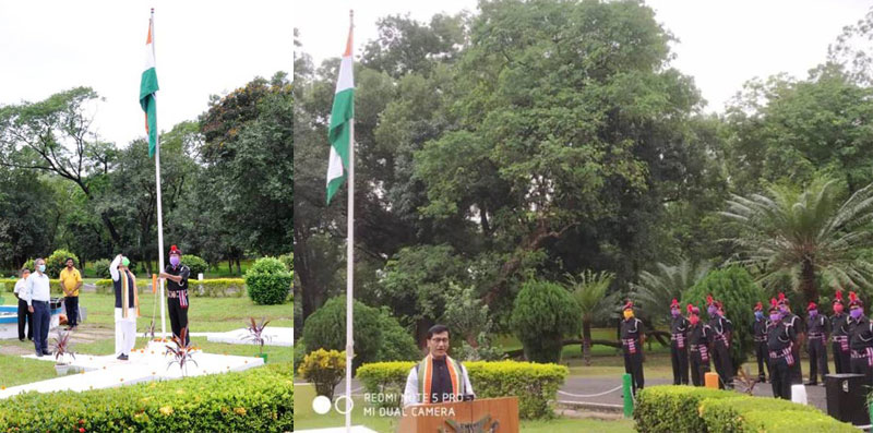 CSIR-CMERI hosts Indian Tricolour at Durgapur on 74th Independence Day