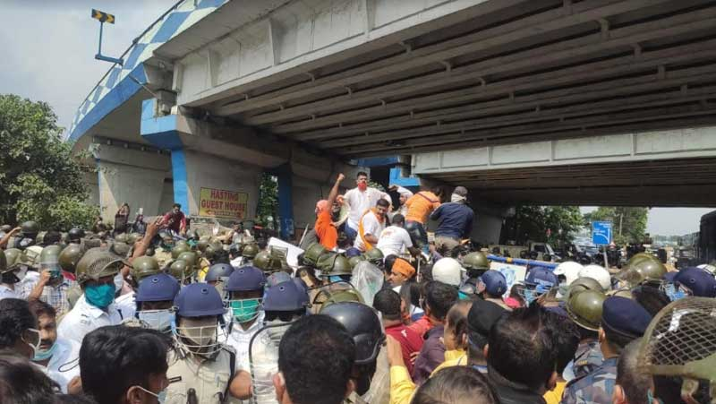 Kolkata Police book top BJP leaders for unlawful assembly, violation of law during Nabanna Cholo rally
