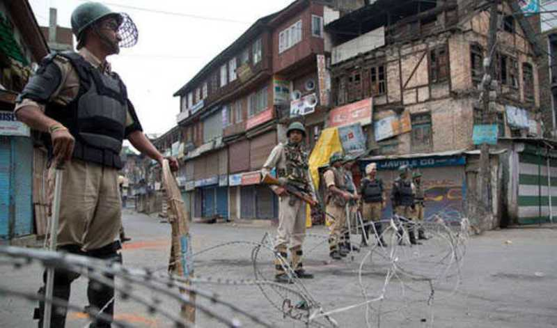 Militants attack security forces with grenade in south Kashmir, no casualty reported