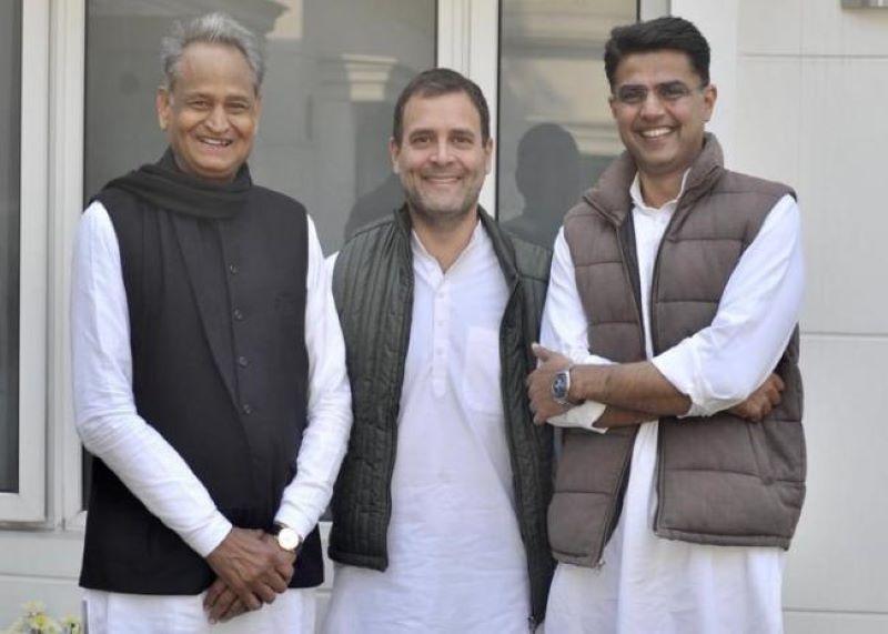Rahul Gandhi poses with Ashok Gehlot and Sachin Pilot after 2018 win