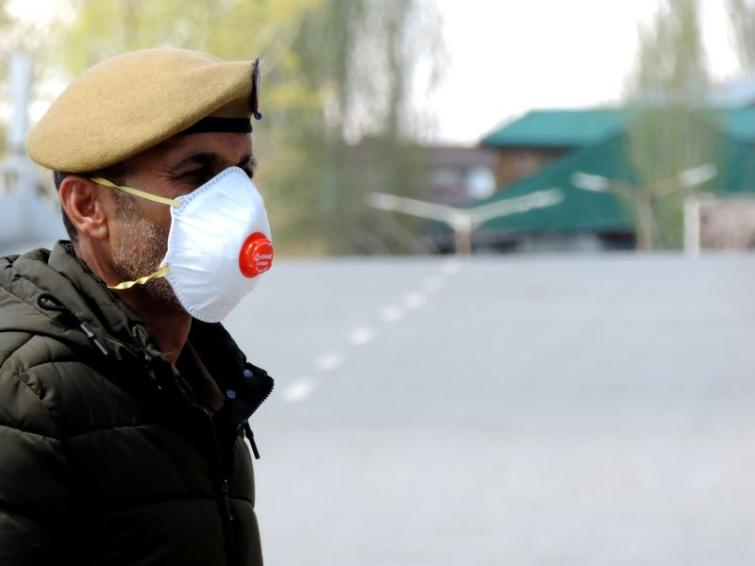 COVID-19: J&K Police working 24X7 to make protective gears for jawans to fight pandemic