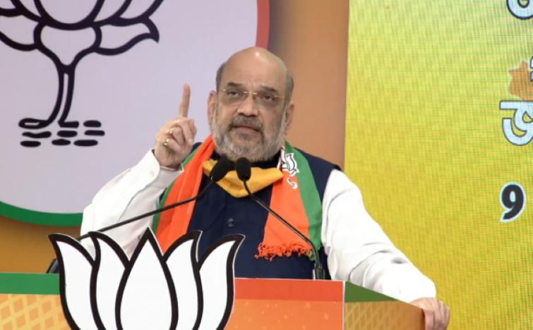 People of Bengal will make Mamata political refugee in 2021: Amit Shah