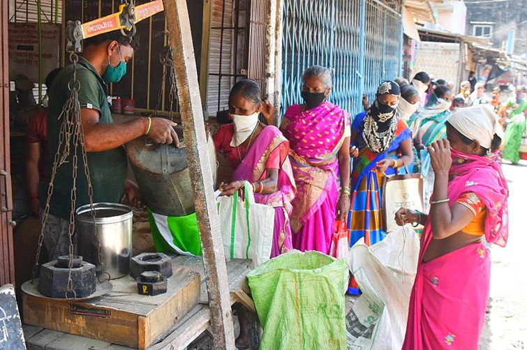 Fair price shop in Thane charged for misappropriating distribution of ration