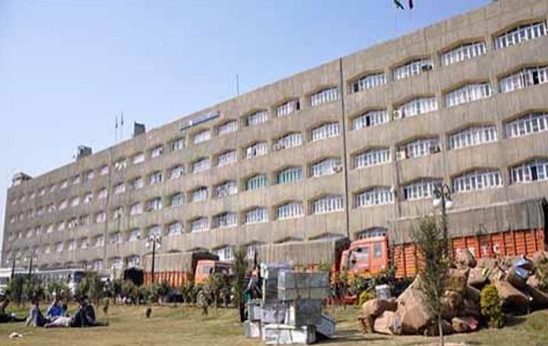 Darbar Move to Srinagar deferred due to COVID: LG Manoj Sinha