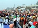 Thousands of farmers across Maharashtra join farmers rally in Mumbai