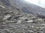 Landslides disrupt traffic on Baramulla-Uri highway in Kashmir