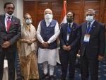 Narendra Modi meets political, community leaders in Bangladesh