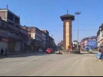 Policeman among two injured in militant firing in Srinagar