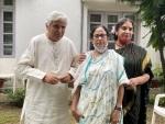 Javed Akhtar, Shabana Azmi meet Mamata Banerjee in Delhi
