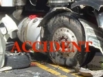 14 killed as mini bus collides with truck in Andhra Pradesh's Kurnool