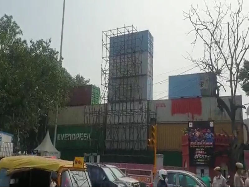 Delhi Police creates a wall with containers around Red Fort ahead of Independence Day