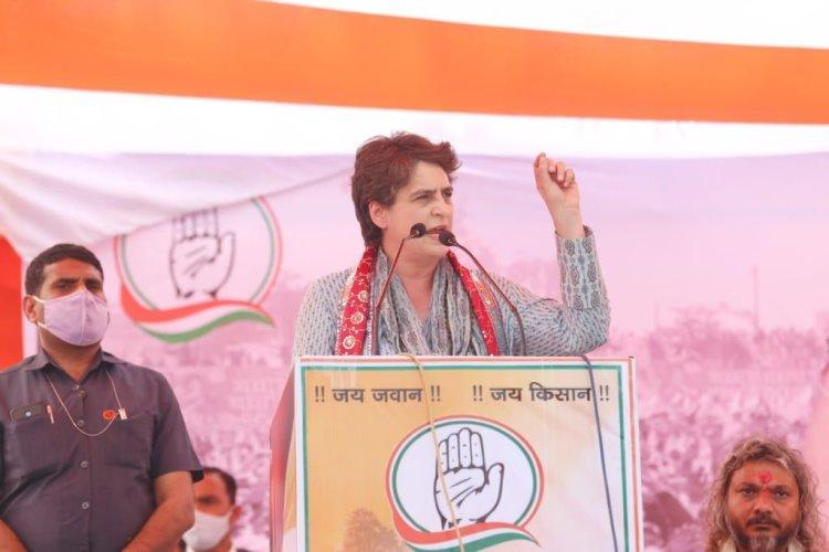 Priyanka Gandhi stops speech in UP's Mathura after rape survivor's mother raises slogans