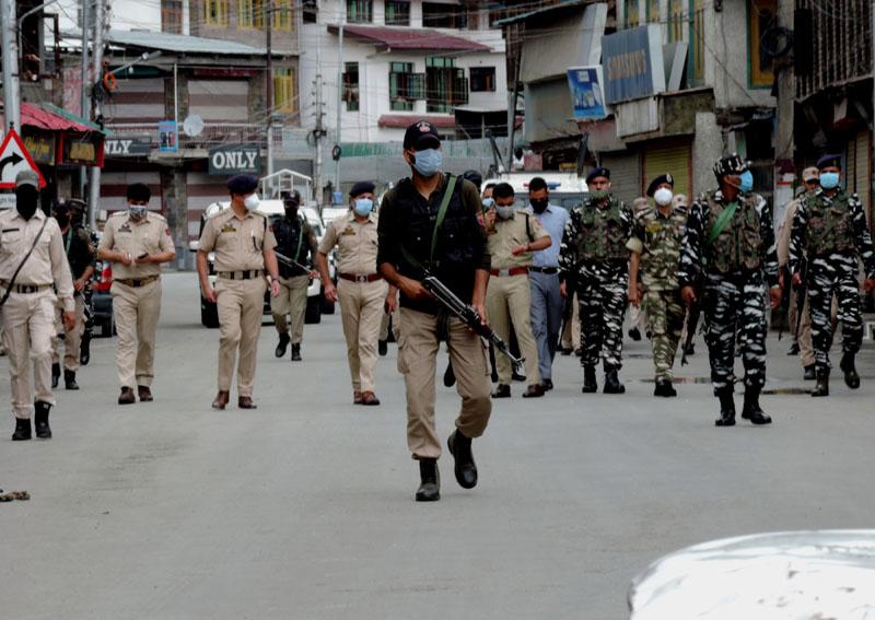 Kashmir: Pak LeT commander among three militants killed in Pulwama encounter