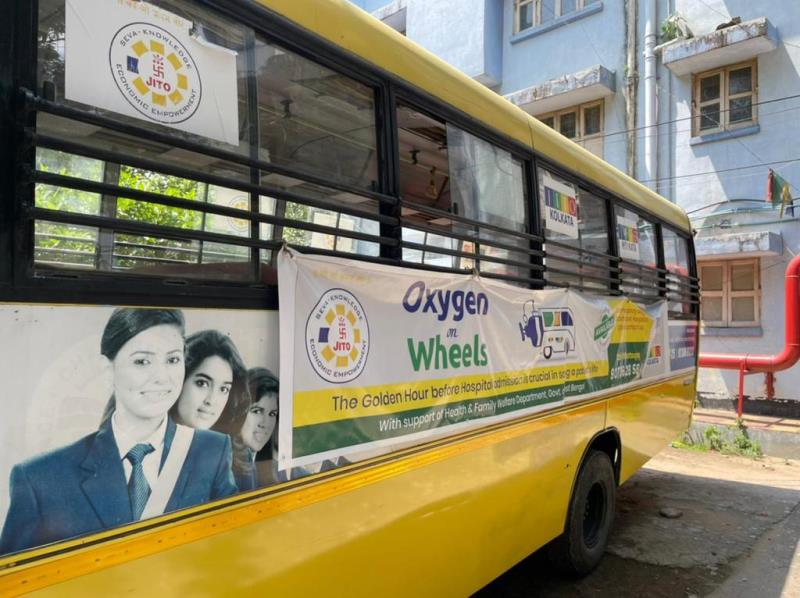 JITO launches six 'Oxygen on Wheels' buses in Kolkata