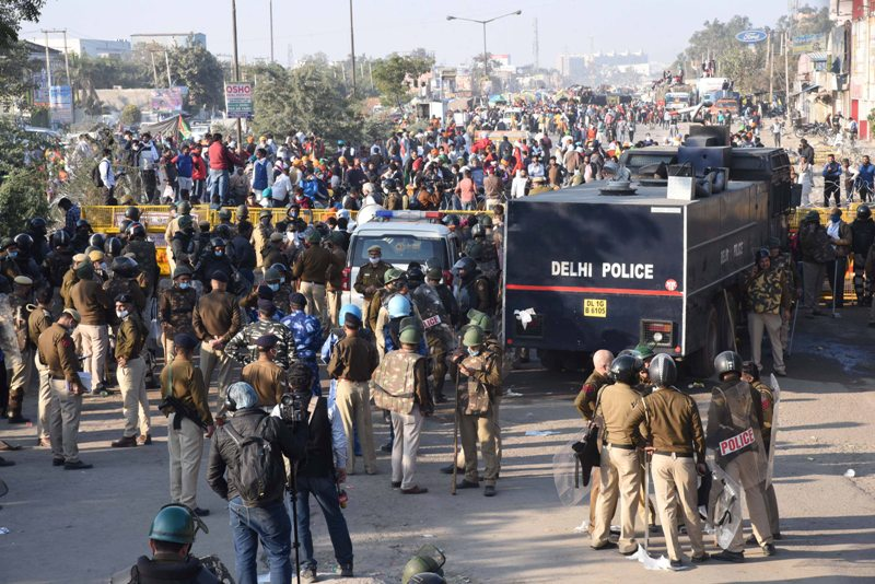 Agitating farmers demand reinstatement of telecommunication services at protest sites