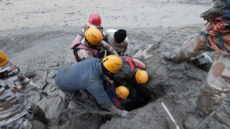 Uttarakhand Flood disaster: Army, Navy and Airforce pressed into rescue operation