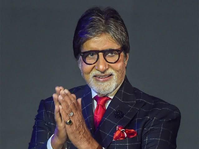 Amitabh Bachchan contributes Rs 2 cr for 400-bed Covid facility at Rakab Ganj Gurdwara in Delhi