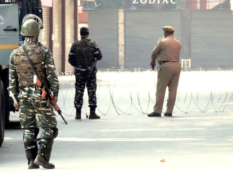 Jammu and Kashmir: HM hit squad member among 2 militants killed in Pulwama encounter