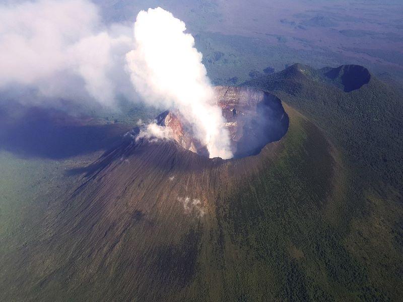 Indian peacekeeping force helps civilians, UN officials evacuate after Mt Nyiragongo erupts in Congo