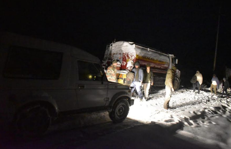 Indian Army evacuates five people who were stuck in heavy snow in Sikkim