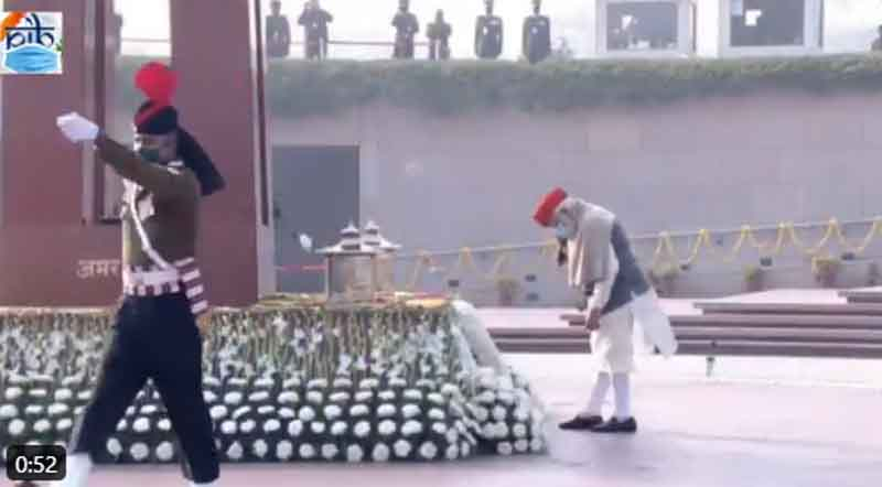 PM Narendra Modi pays homage at National War Memorial ahead of R-Day parade