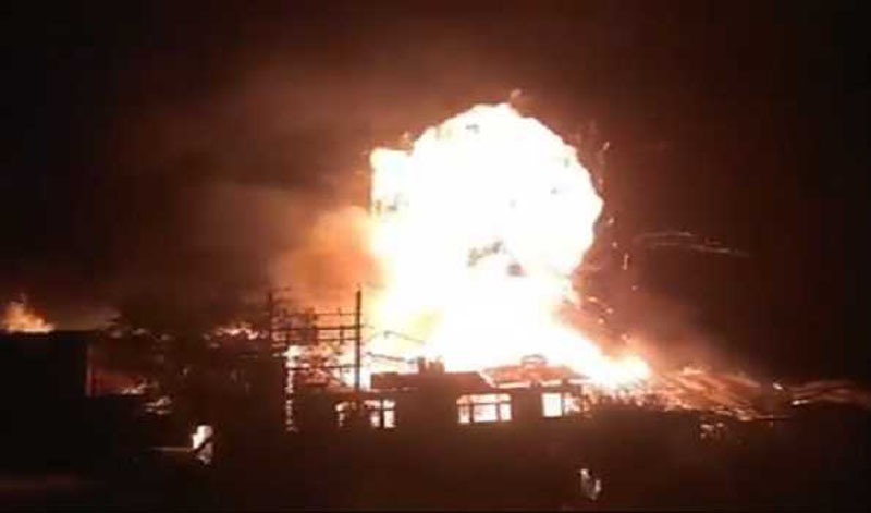 Kashmir: At least 15 houses gutted in Baramulla fire