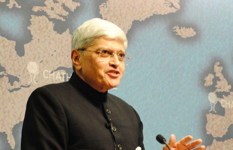 Ex-Governor Gopalkrishna Gandhi writes to ECI to ban all rallies in Bengal