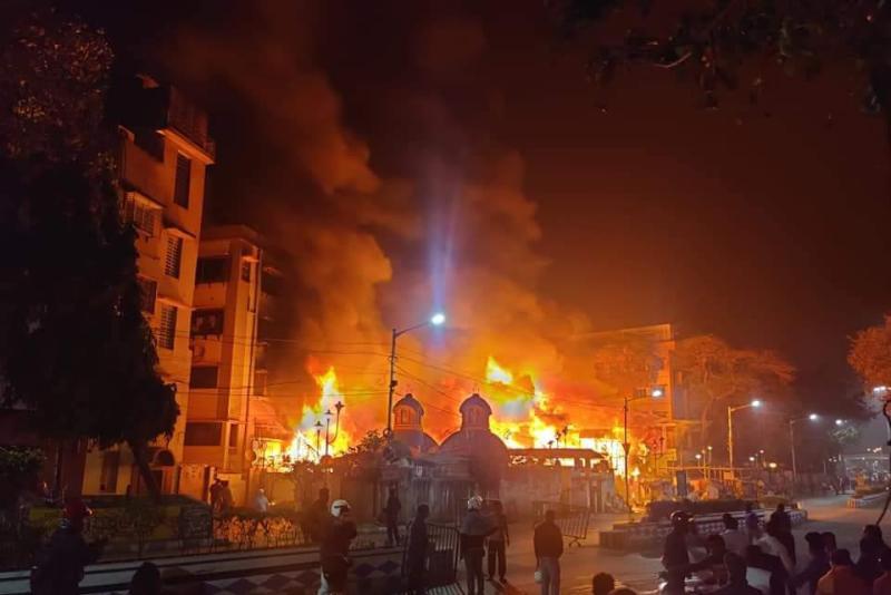 Massive fire breaks out in Kolkata's Bagbazar, firefighting ops underway