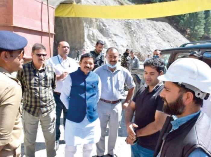 Devusinh Chauhan takes stock Zojila tunnel in Kashmir