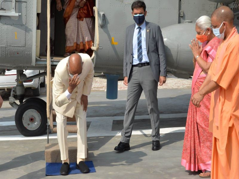 'In a rare emotional gesture' Prez Ram Nath Kovind touches ground of his birthplace to pay obeisance
